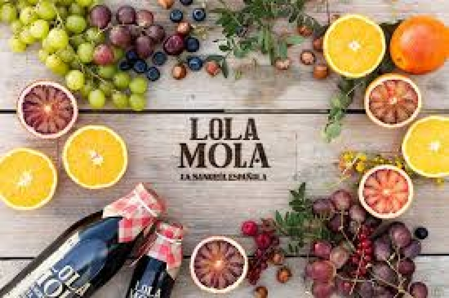 Sangria-Getränk vom Weingut Lola Mola
