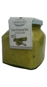 Green asparagus  sauce  with grana cheese